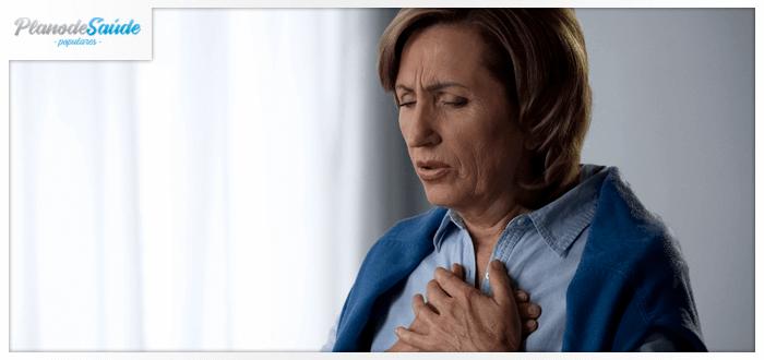 Mulher com dificuldade para respirar - Infecções Respiratórias